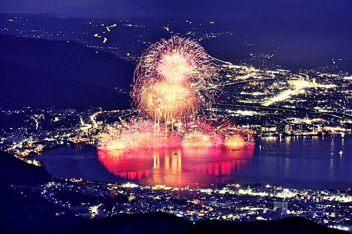 fireworks-suwa-lake