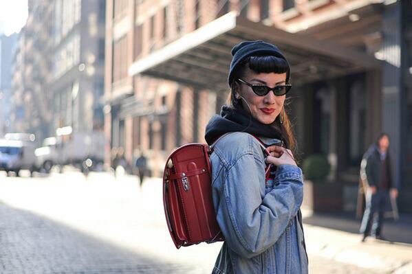 woman-schoolbag